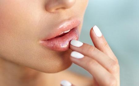 Cómo cuidar tus labios - Espacio Dental Jaén