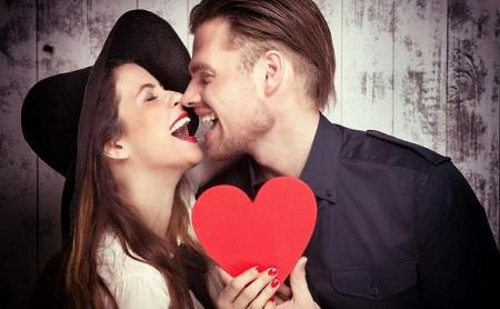 Cómo tener la boca superbesable para San Valentín - Espacio Dental Jaén