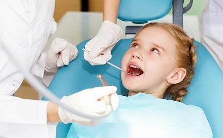 ¿Necesitan mis Hijos selladores de fisuras? - Espacio Dental Jaén