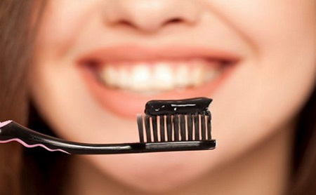 Blanqueamiento Dental con Carbón - Espacio Dental Jaén