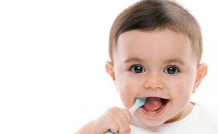 Dientes en el recién nacido - Espacio Dental Jaén